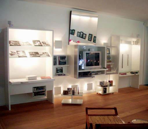 decoracao de interiores guia do estudante : decoracao de interiores guia do estudante:Estante para som e TV, além de livros e mesa de trabalho