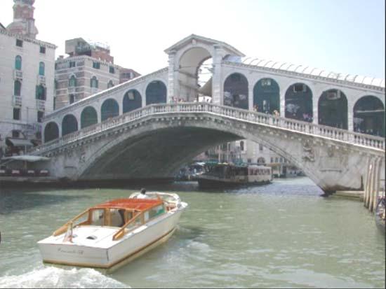 Ponte Rialto (Veneza, Itália)