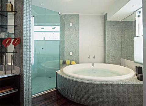 #474346 Como planejar um banheiro com banheiraFórum da Construção 479x350 px banheira simples para banheiro pequeno